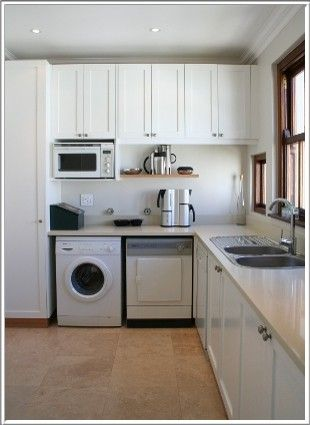 Kitchens cape town interior designers decorators - Kitchen built in cupboards designs ...